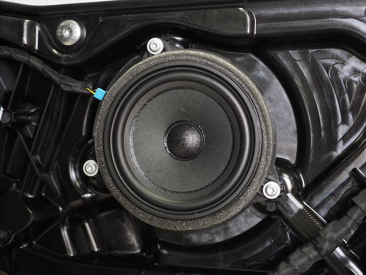 BMW F40の純正スピーカー