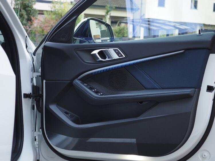 BMWF40のドアスピーカー交換