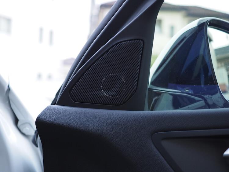BMWF40のミラー裏パネル