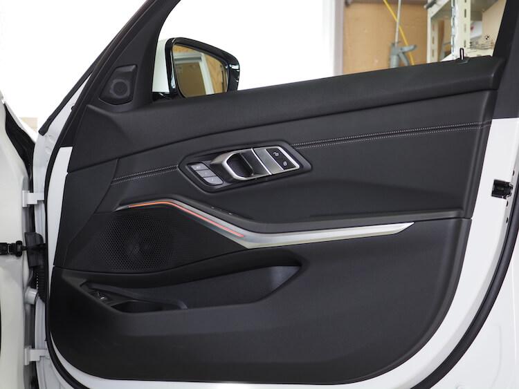BMW3シリーズG20の純正ドア内張