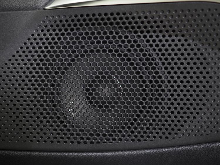 BMW3シリーズG20の純正ミッドレンジスピーカー