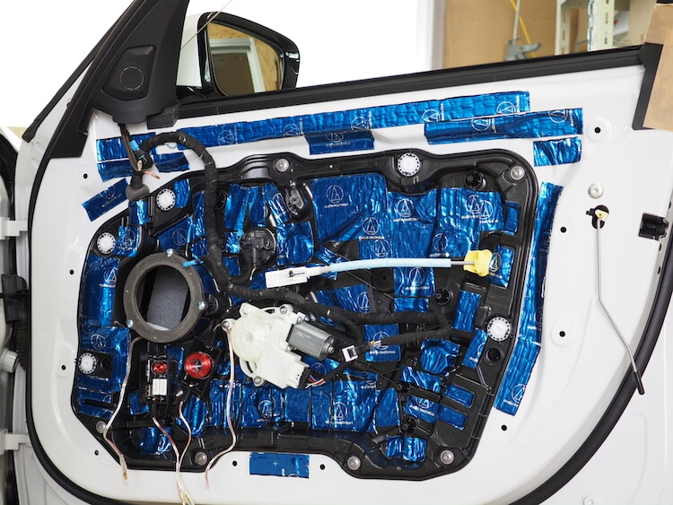 BMW3シリーズG20のドアをデッドニング