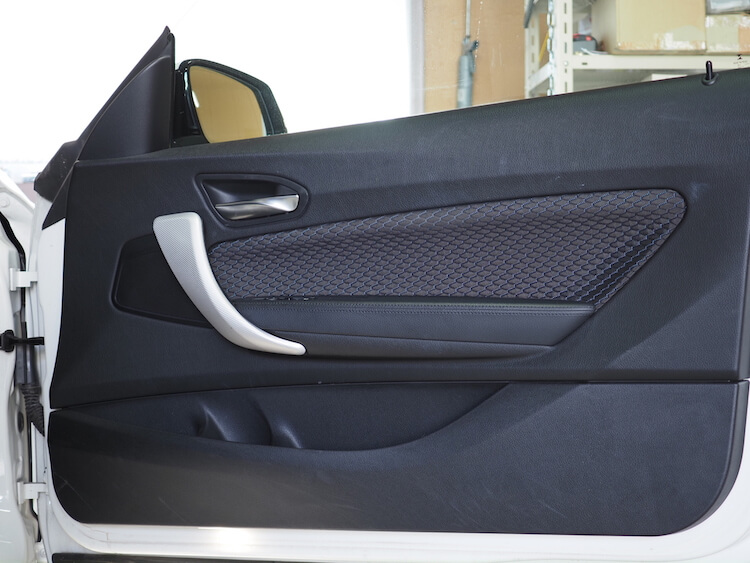 BMW220i_F22の純正ドア内張