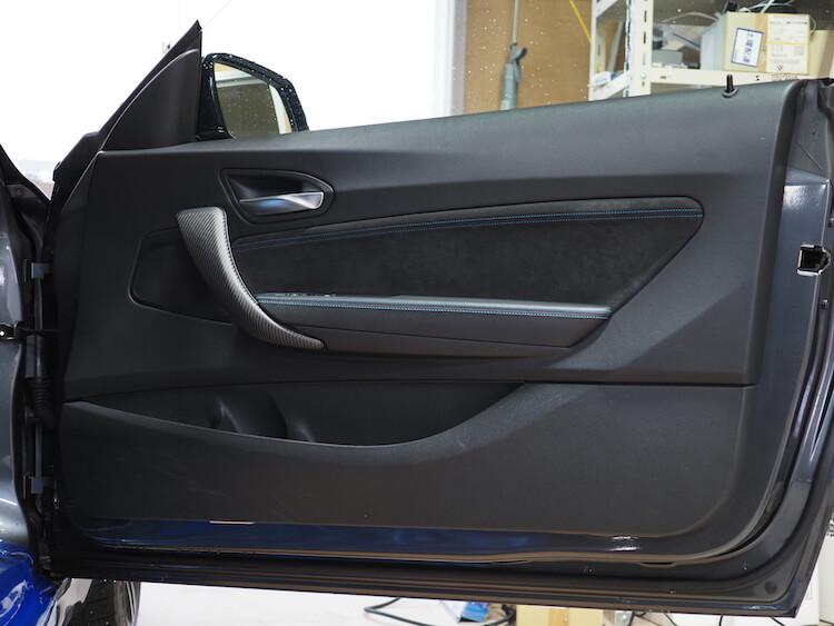 BMWM2の純正ドア内張