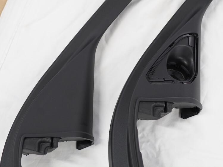 BMWF40のミラー裏パネルを比較