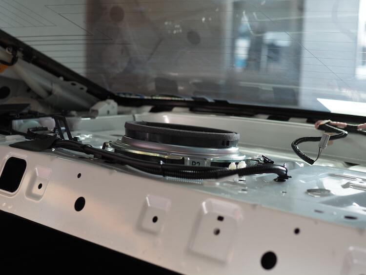 レクサスIS300hのリアトレーサブウーファー