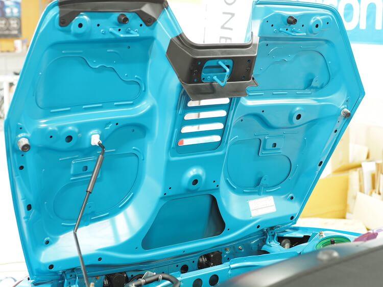 ホンダS660のエンジンフード静音