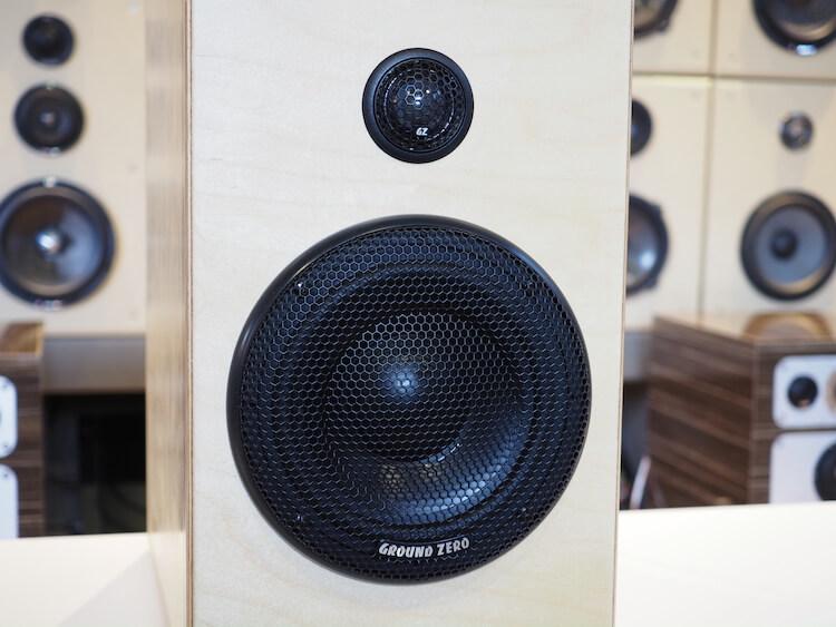 グランドゼロの試聴スピーカーGZUC165.2SQ