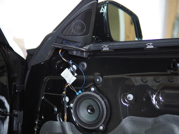 BMW420iの純正ドアスピーカー
