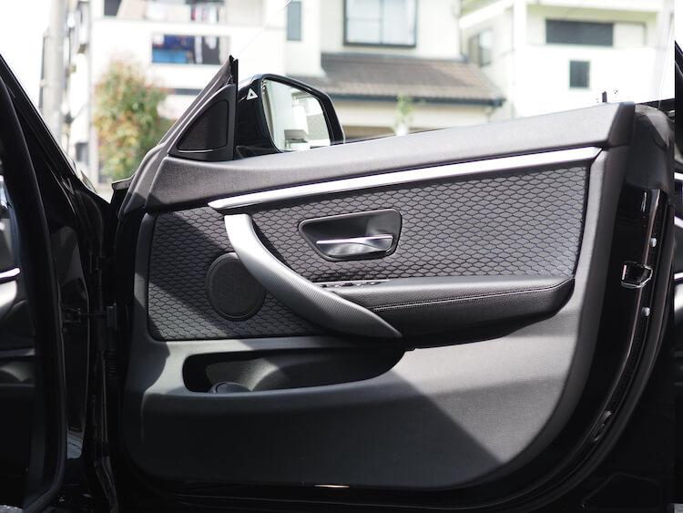 BMW420iのドアスピーカー交換
