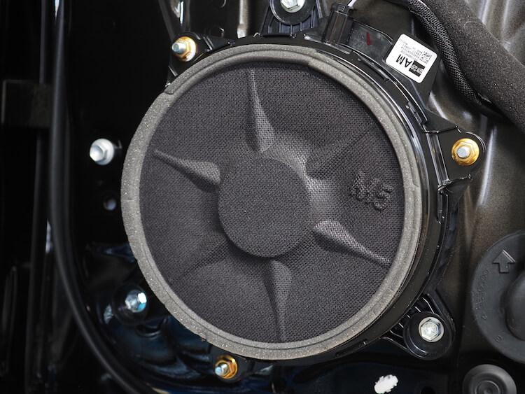 レクサスLS500hの純正リアドアスピーカー