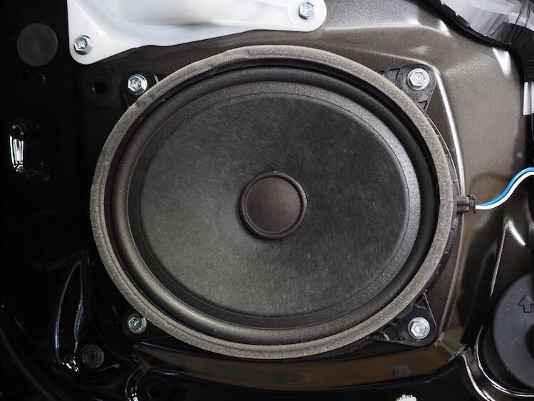 レクサスLS500hの純正フロントドアスピーカー