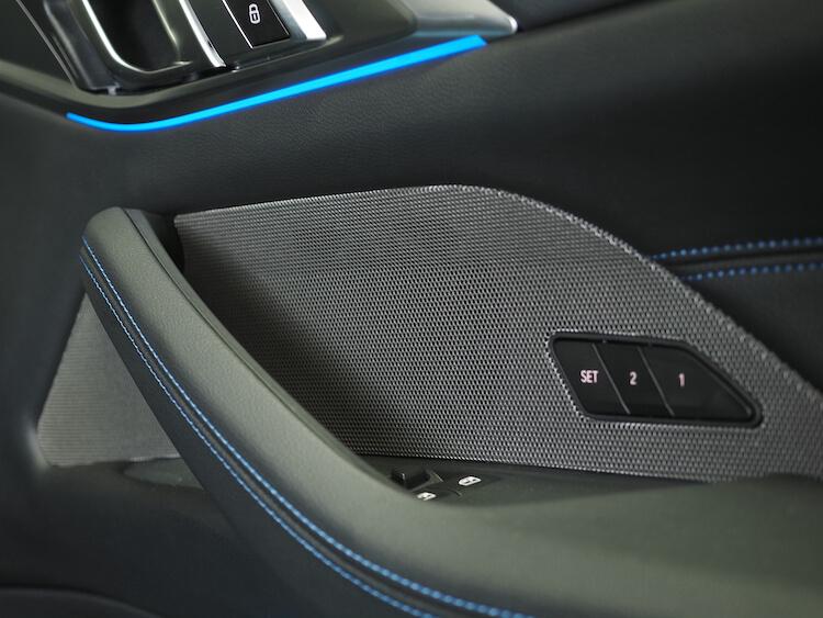 BMWM440iのドア内張