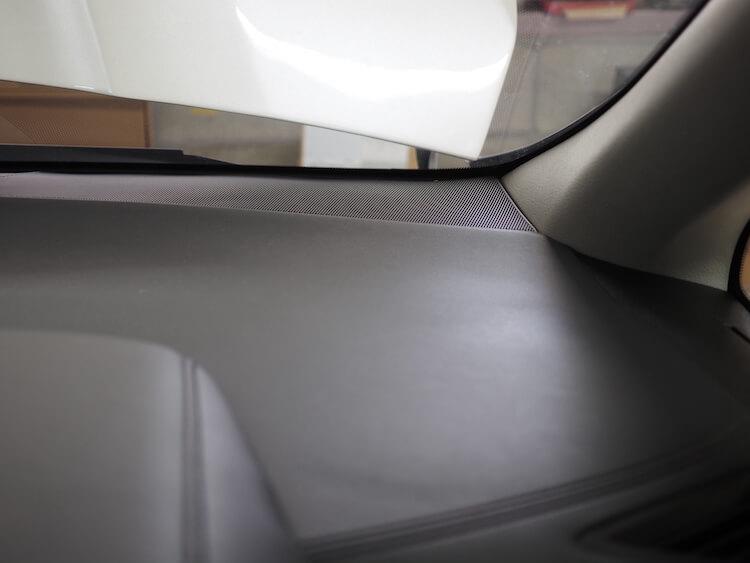 トヨタアルファードの純正ツィーター